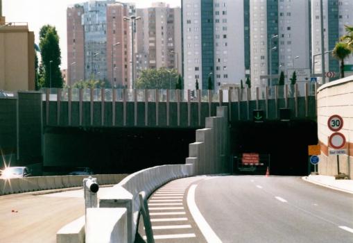 Toulon Road Tunnel eastern portals