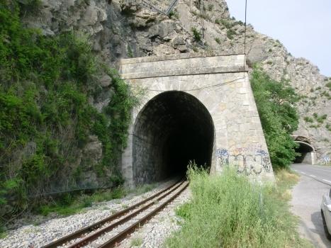 Eisenbahntunnel Saint-Benoît