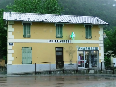 Old Guillaumes tramway station
