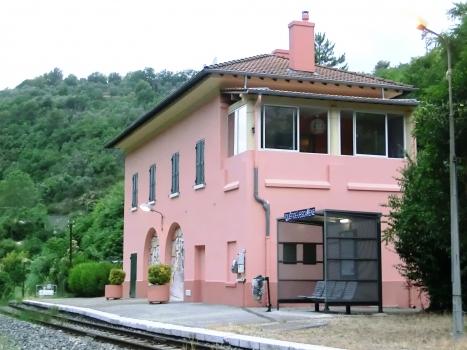 Touët-de-L'Escarène Station