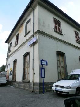 Vievola Station