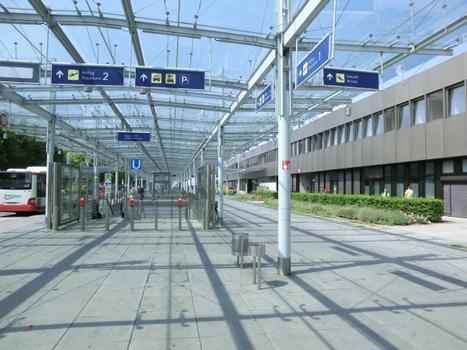 Station de métro Flughafen