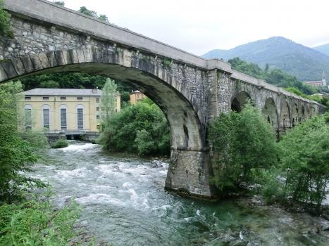 Viadukt in Lenna