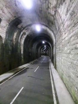 Tunnel Piazza Brembana