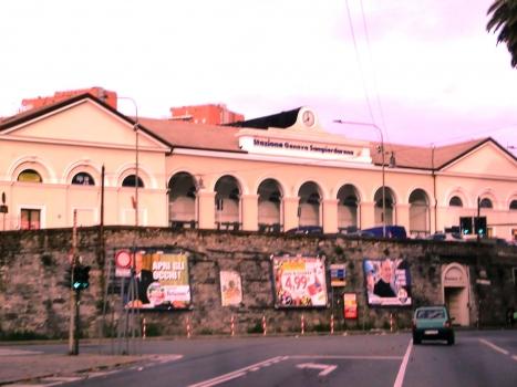 Gare de Genova Sampierdarena