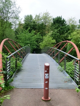 Geh- und Radwegbrücke über den Lambro