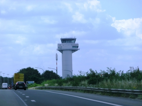 Liège Airport, control tower