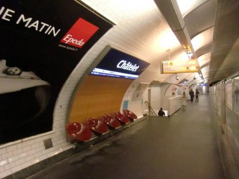 Châtelet Metro Station, line 1 platform