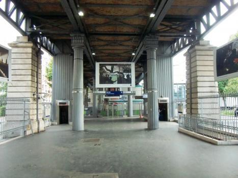 Metrobahnhof Jaurès (Linie 2)