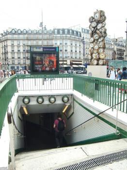 Station de métro Saint-Lazare