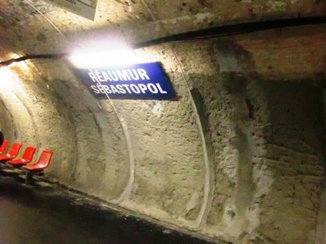 Réaumur - Sébastopol Metro Station, line 3 platform