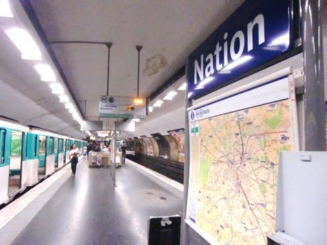 Nation Metro Station, line 6 platform