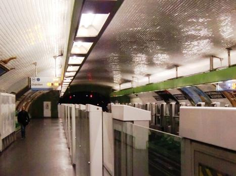 Metrobahnhof Montparnasse - Bienvenüe