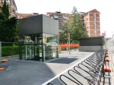 Repetti (Quartiere Forlanini) Metro Station