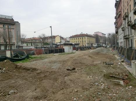 Tricolore Metro Station site