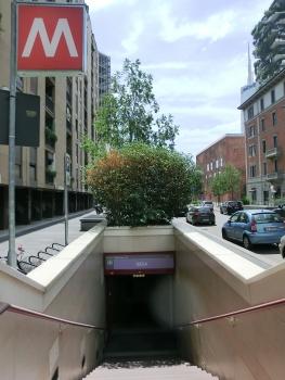 Isola Metro Station, access