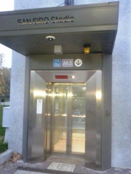 San Siro Stadio Metro Station, lift