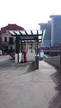Milano Porta Garibaldi Station (underground) access