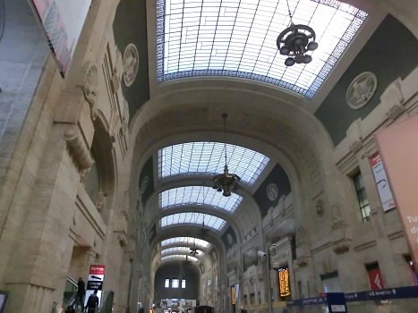 Milan Central Station, Galleria delle carrozze