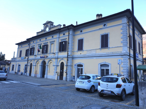Morbegno Station