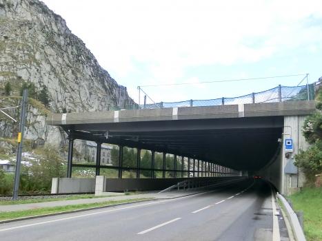 Urnerloch-Nasse Kehle Tunnel southern portal