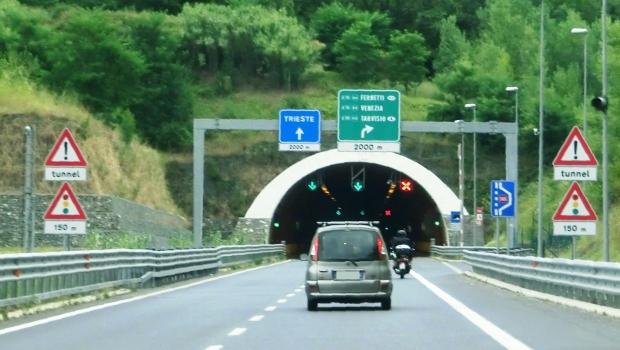Monte d'Oro-Tunnel