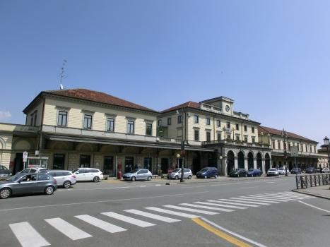 Gare de Novara