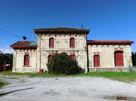 Bahnhof Paladina-Sombreno