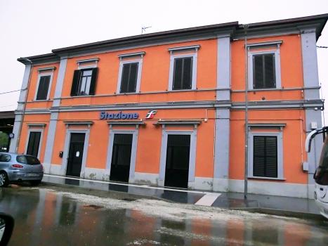 Gare de Pianoro