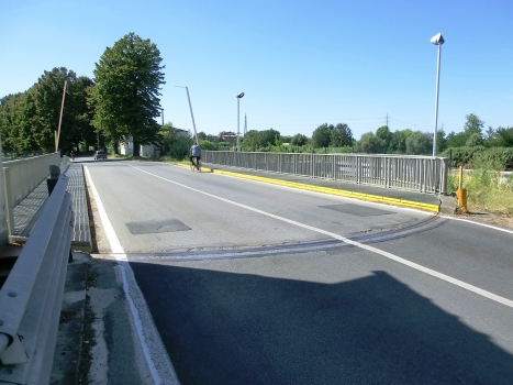 Incile Swing Bridge