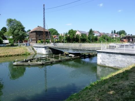 Pont Tournant de Strépy-Bracquegnies