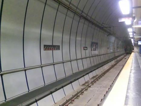 Principe Metro Station