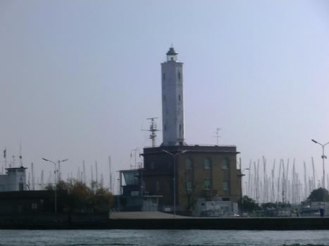 Phare de Marina di Ravenna