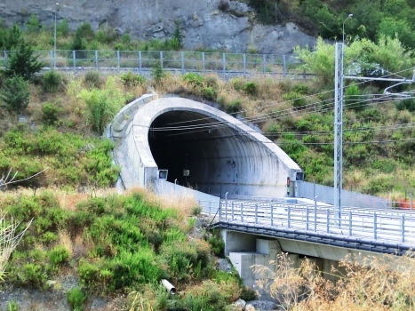 Caighei Tunnel eastern portal