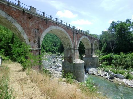 Pont ferroviaire de Nucetto (nord)