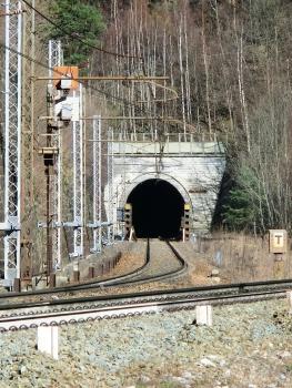 Serre la Voute North (odd track) Tunnel western portal