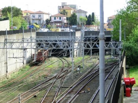 Tunnel Termine d'Arcola binario pari