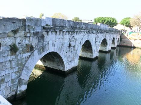 Pont de Tibère