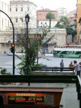 Barberini - Fontana di Trevi Metro Station, access