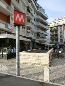 Station de métro Cornelia