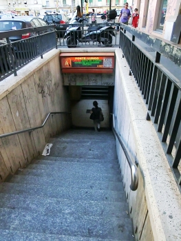 Station de métro Ponte Lungo
