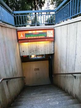 Station de métro Re di Roma