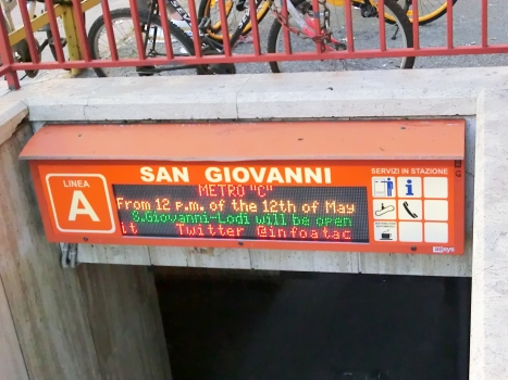 S.Giovanni Metro Station line A access