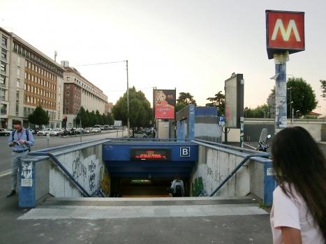 Castro Pretorio Metro Station access