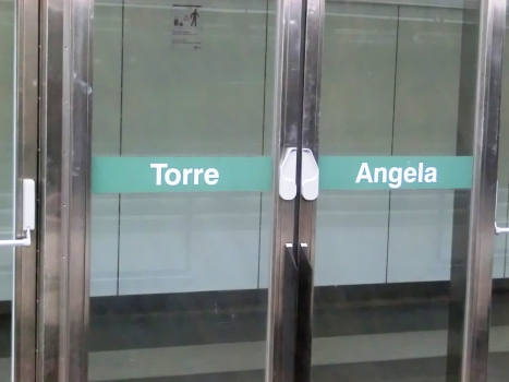 Station de métro Torre Angela