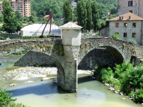 Pont sur le Gargassa
