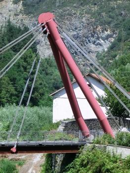 Geh- und Radwegbrücke über den Stura