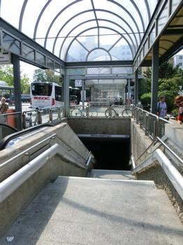 Station de métro Röthenbach