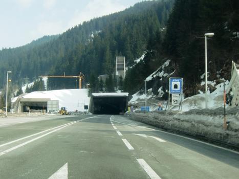 Arlberg-Straßentunnel