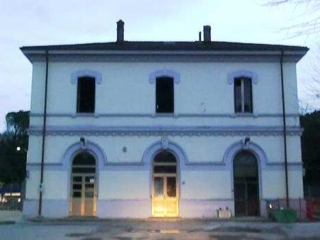 Bahnhof Serravalle Pistoiese